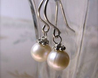 Modern pearl earrings - 8-9mm freshwater pearls, sterling silver wires, simple, classic, June birthday