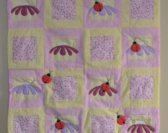 Daisies and Ladybugs Baby Quilt