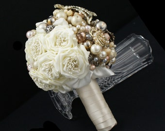 Brooch Bouquet - Jeweled Bouquet - Alternative Bouquet - Vintage Brooch Bouquet - Pearl Bouquet - Bridal Bouquet - Wedding Broach Bouquet