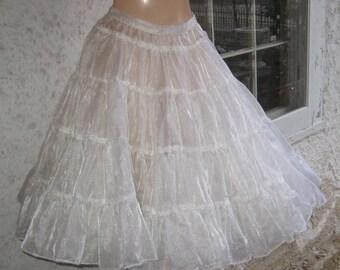 Sale Sale Big Fluffy Foo Foo Great Vintage 1950s Big Circle Full  White Petticoat Slip