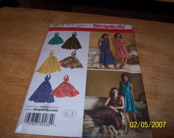 3823 Simplicity Pattern Misses Halter Dress with Skirt and Length Variations
