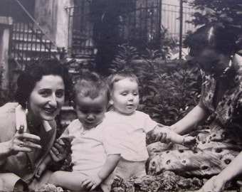 1950's Photo - Women with Children
