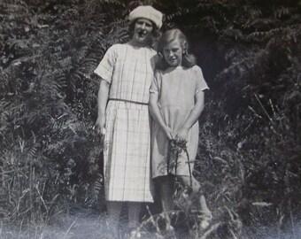 Vintage Black & White Photo - Mum and Daughter