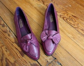 Reserved - Vintage Bow Tie Purple Leather Flats Size 7.5