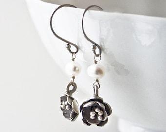 Thai Silver Earrings, Flower Earrings, Pearl Jewelry