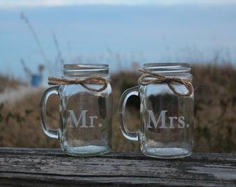 Engraved Mason Jar Mugs,  Wedding Toasting glasses, Engagement Gift, Couples Gift, Personalized Mason Jar Mugs, Mr and Mrs Mason Jar Mugs