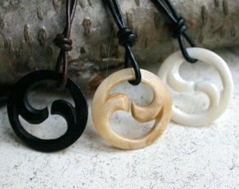 Leather Surfer Necklace Choker Maori Fishhook Bone Fish Hook Protection