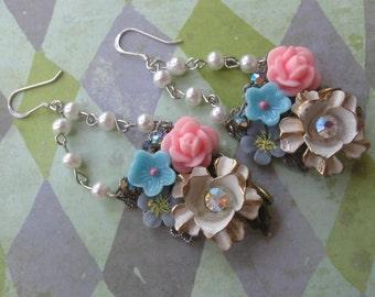Swiss Dots.vintage flower jewelry glass rosary bead dangle earrings