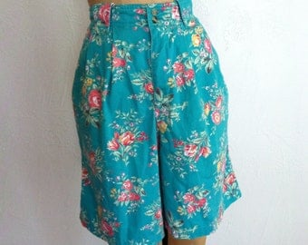 Pink Roses on Bright Turquoise HIgh Waisted Pleated Vintage LIZ CLAIBORNE SPORT Shorts 10