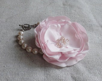 Pearl Bracelet with Flower in Blush Pink Satin