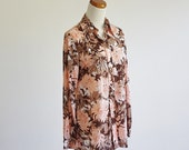 Vintage Vera Blouse -- 70s Pink & Brown Floral -- 1970s Long Sleeve Collared Button Down-- Medium Large