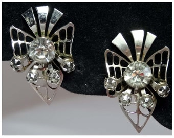 Signed Prestige Screwback Silver Plated Earrings 1950s Apparel & Accessories Jewelry Vintage Jewelry Earrings Screwback Earrings Rhinestone