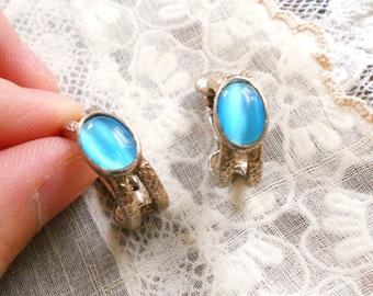 Vintage Blue and Silver Loop Clip On Earrings