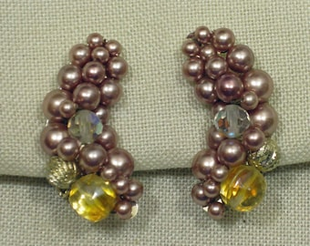 Soft Pink Hand Beaded Crescent Shaped Clip On Earrings 1960s NEW OLD STOCK cSc 227