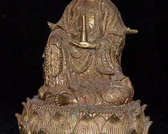 Seated Kuan Yin, finely detailed bronze casting