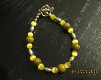 Olive Green and Silver Beaded Bracelet