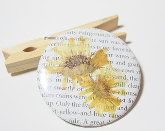 Real Pressed Wildflower Pin Back Button- Turkey in the Straw