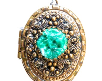 CVC236 Vintage Brass Filigree and Peking Glass Locket