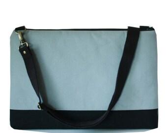 "SALE-15"" Macbook or Laptop bag with detachable shoulder strap"