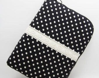 SALE-iPad Mini / Kindle/ 7 inch Tablet Case Sleeve Padded  with 2 interior Pocket