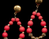 Vintage gold and coral dangle Gypsy Style Lightweight pierced earrings
