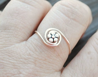 Adjustable Wire Wrapped Ring Tiny Flower Bead