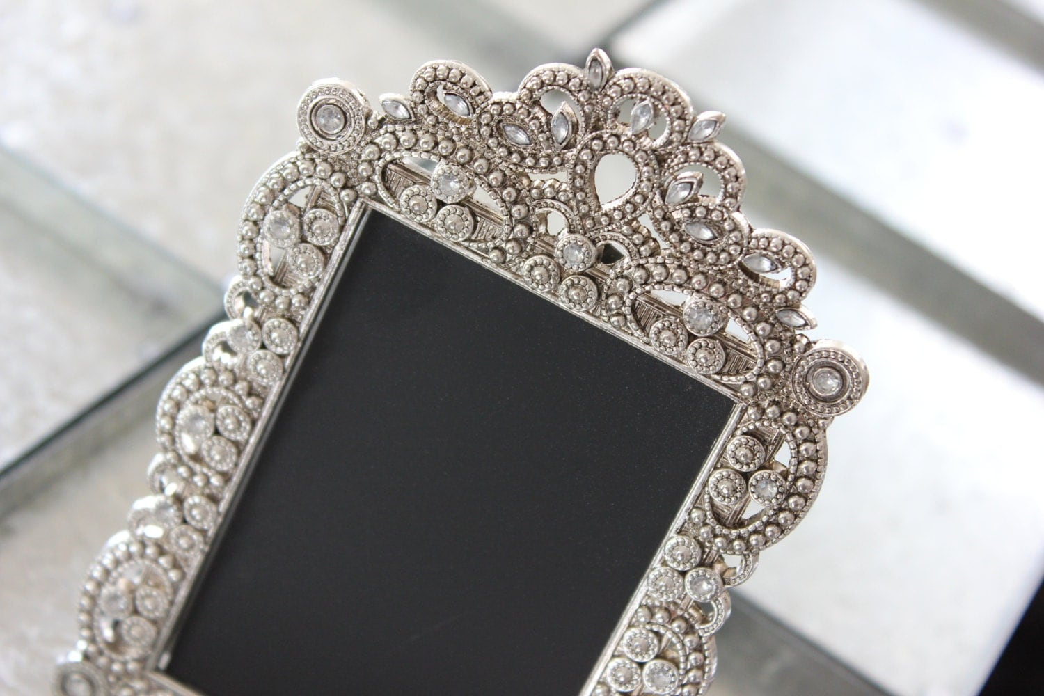 Vintage Style Jeweled Rhinestone Frame Bling Silver Diamond