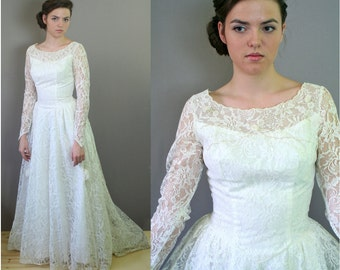 vtg 1950s WEDDING DRESS full LACE princess waist fitted bodice long train skirt beaded embellishment tulle taffeta small