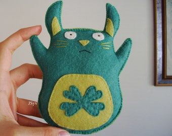 Mint Green Wool Felt Rabbit Plushie Hand Sewn Toys for Kids Eco Friendly
