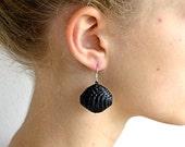 Black: Statement Earrings PALLA - made of corrugated cardboard