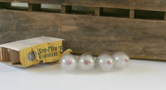 Set of Four Vintage GE Sure Fire No 5 Flashbulbs