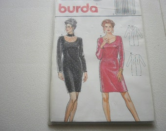 Pattern Ladies Dress 2 Styles Sizes 8 to 18 Burda 4663
