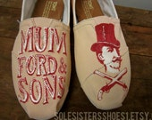Mumford & Sons painted TOMS