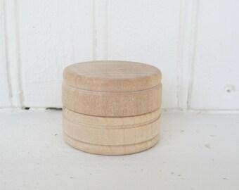 "Wooden Box Unfinished Small Trinket Box Jewelry Box Powder Box Gift Box - Lot Of 2 - 1-9/16"" In Diameter x 1"" Tall"