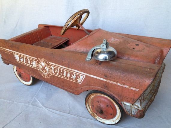 Vintage Pedal Car Parts : Vintage fire chief pedal car