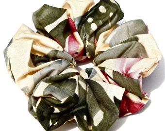 Hawaiian Scrunchie