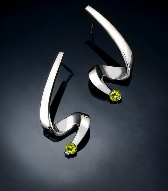 peridot earrings, Argentium silver, August birthstone, eco friendly, dangle earrings, green gemstones, wedding earrings - 2380