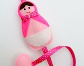 Girls Russian Doll Hair Clip Holder (pink)