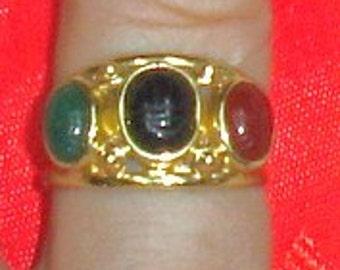 Vintage 14K Yellow Mid Century Gold & Scarab Stones Ring Size 10.5
