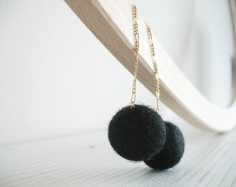 Long studs earrings with black felt wool balls Black bubbles