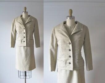 SALE vintage 1960s suit / 60s Vogue dress suit
