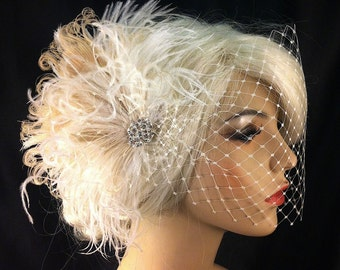 Wedding Hair Fascinator, Wedding Fascinator, Feather Fascinator, Wedding Veil, Diamante Crystal Rhinestone Brooch, Vintage Bride