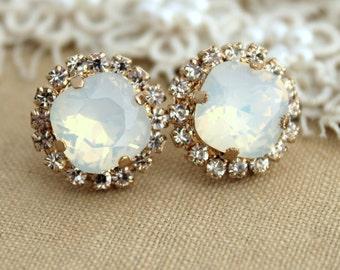 White Opal Earrings,White Opal Crystal Earrings,Bridal Opal Swarovski Earrings,Bridal White Opal Stud Earrings,Bridesmaids Stud Earrings
