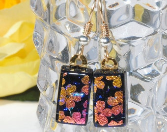 Small Dichroic Glass Earrings, Fused Glass Jewelry, Fashion Accessory, 18K Gold Filled Wires, Flowers Daisy, Purple Pink Gold (Item 30457-E)