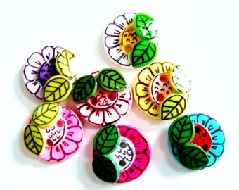 Button Sketched Flowers handmade polymer clay buttons ( 5 )