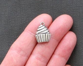 10 Cupcake Charms Antique Silver Tone - SC1528
