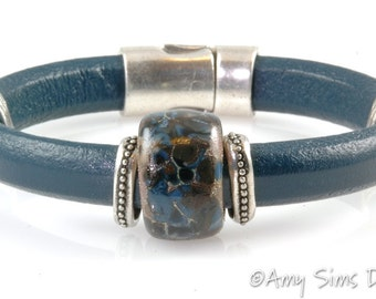 Artisan Lampwork Blue & Brown Bead Regaliz Leather Bracelet