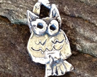 Who - Who says the Owl  - 2 Artisan Handcrafted Owl Charms in Sterling Silver AC130