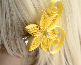 Canary Yellow Wedding Hair Clip, Canary Wedding Hair Accessory, Pastel Yellow, Soft Yellow