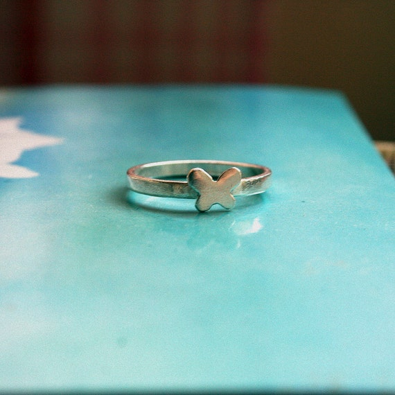 Silver butterfly ring - A thin silver ring with a small silver butterfly